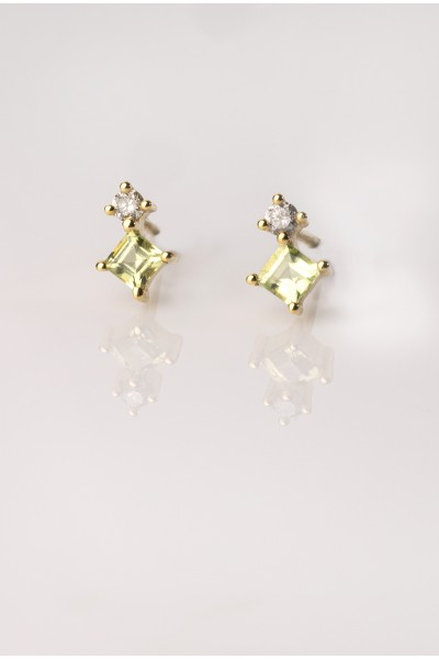 Chrysolite Drop Earrings (pair)   Dewdrop Collection
